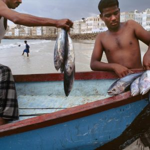 Fishermen, port of Al Mukalla, Yemen, 1999  final print_milan